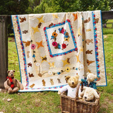 Bears In The Garden Quilt