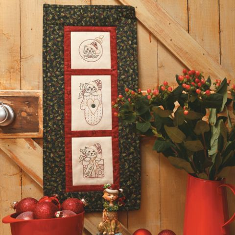 Santa Paws Christmas Wallhanging
