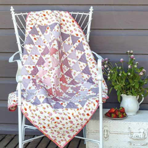 Strawberries And Triangles Quilt