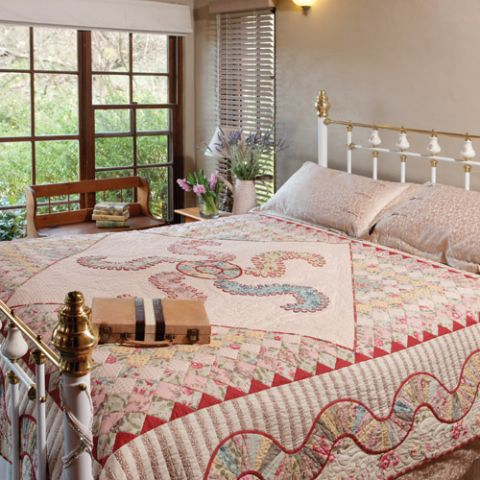 Feathers and Boas Quilt