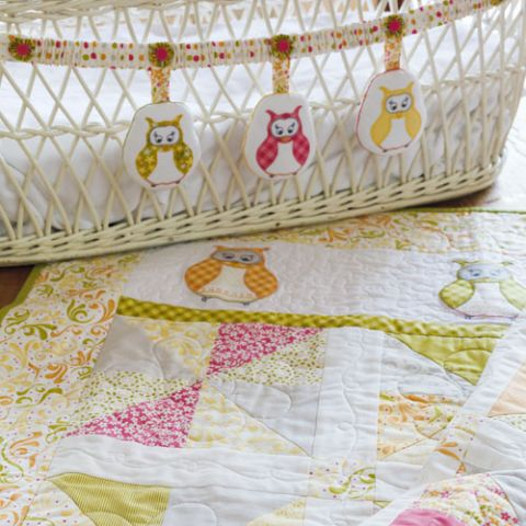 Sweet Little Owl Cot Quilt And Swag